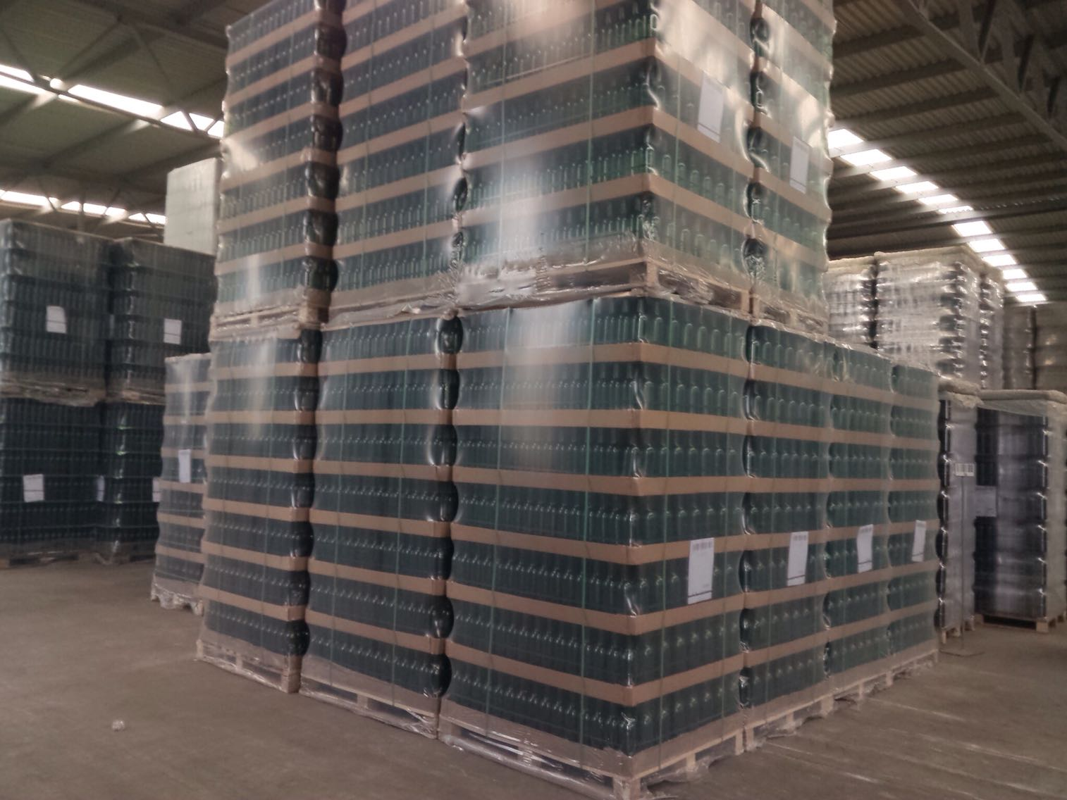 Pallet Packaging for Glass Bottles.jpg